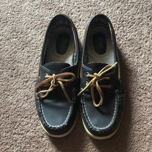 Bass: Dark Brown Leather Boat Shoe